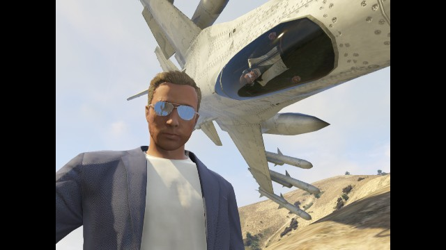 Man taking a selfie with an upside down jet on GTA V.