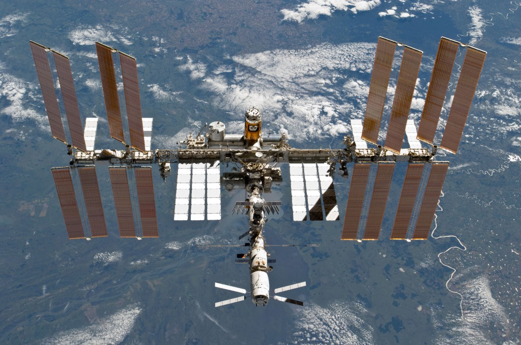 amazing Internet facts. International Space Station has faster Internet than Australia