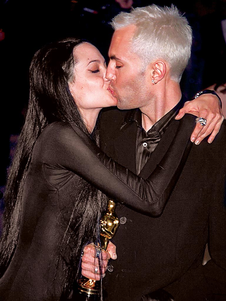 Kissing her brother | Angelina jolie, Celebrity families