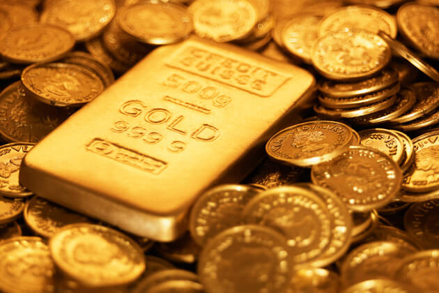 Things rich people do that you aren't doing, like investing in gold.