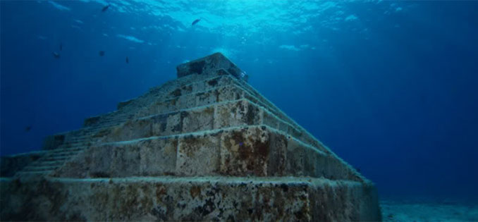 The Yonaguni Monument, Japan - 10 Unexplainable Mysteries From The Past
