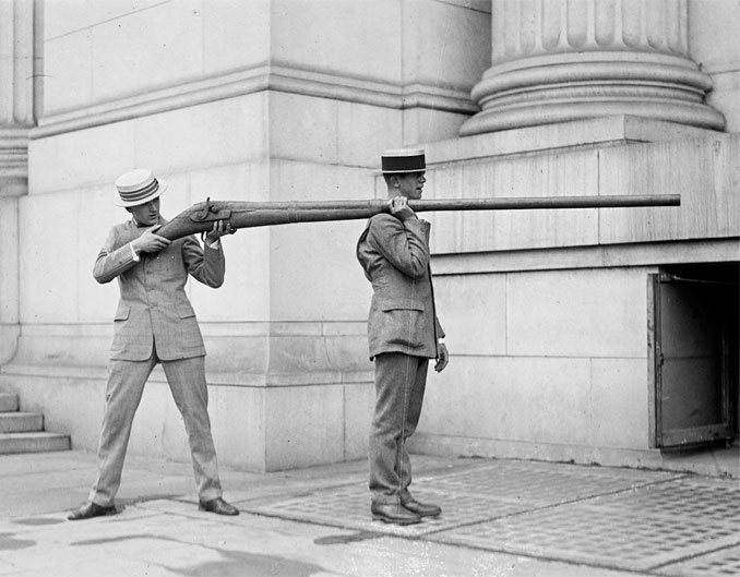 The Punt Gun - 10 Strangest Weapons Ever Invented
