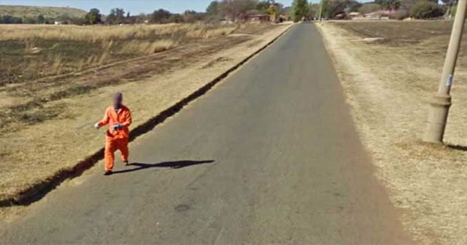 An escaped criminal running down the street seen on Google Street View.