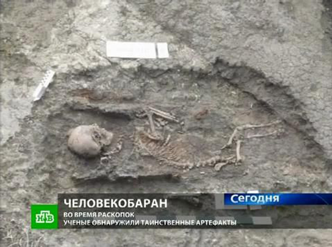 Angel found buried in Russia - 10 Real Angels Caught on Tape Performing Miracles
