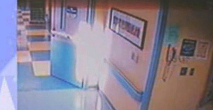 Angel photographed in hospital- 10 Real Angels Caught on Tape Performing Miracles
