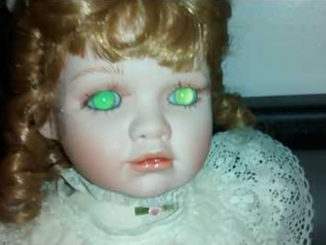 10 Cursed Dolls With Very Creepy Backstories