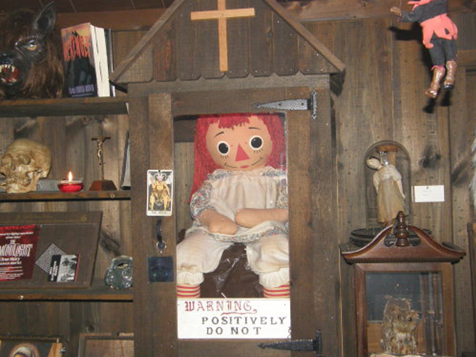 Annabell the doll - 10 Cursed Dolls With Very Creepy Backstories