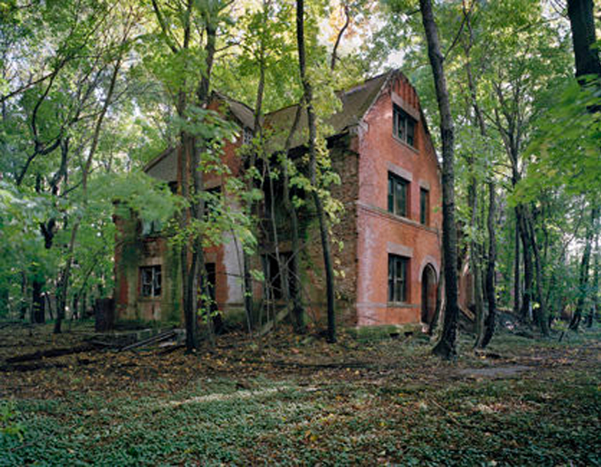North Brother Island is one of the most forbidden places on Earth