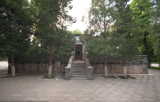 General Yuan's Haunted Tomb is thought to be one of the most haunted places in China