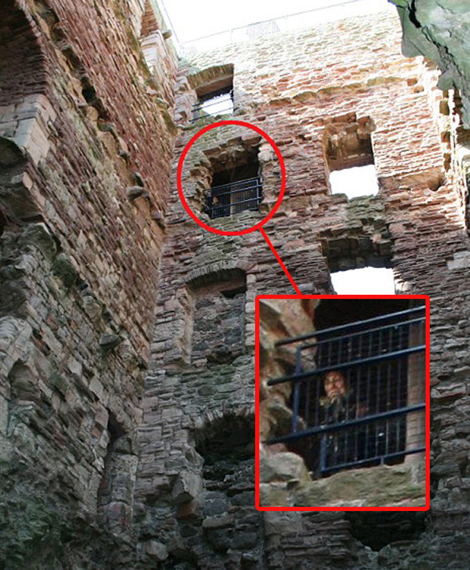 Creepy ghost photo taken at Tantallon Castle is one of many real photos that have left skeptics stumped.
