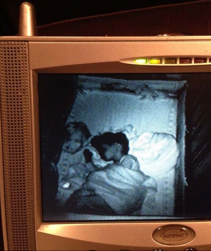 Ghost caught on baby monitor - 10 Terrifying Things Caught on Baby Monitors
