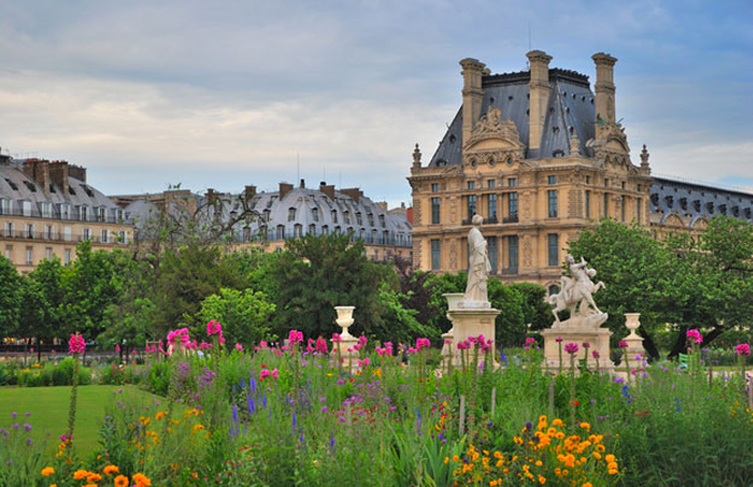 Jardin des Tuileries is one of the most haunted places in France.