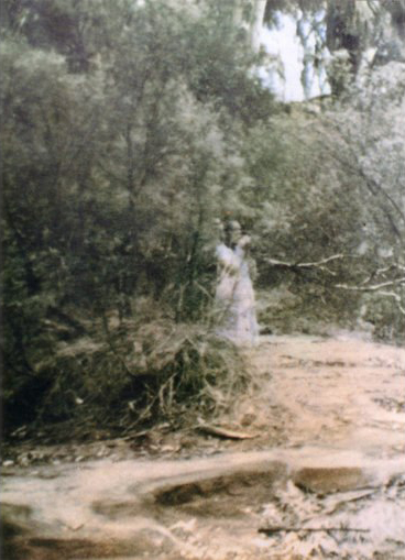 This is one of the scariest vintage ghosts photos ever taken.