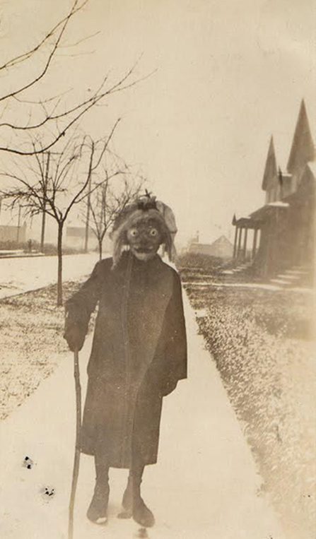 Scary old Halloween costume - The Scariest Halloween Costumes of All Time