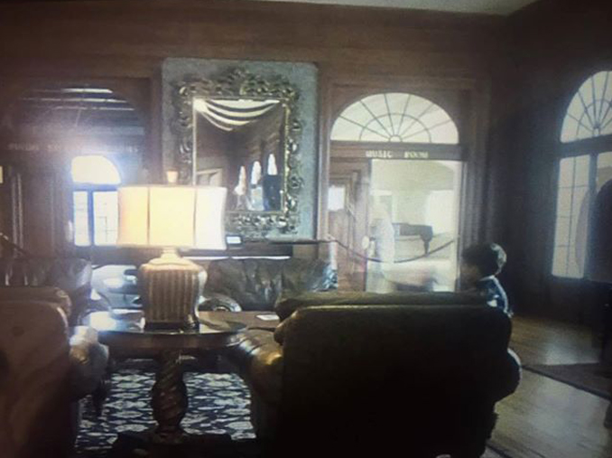 Ghost photographed in the Stanley Hotel, Colorado - Is This Proof of the Afterlife Caught on Camera?