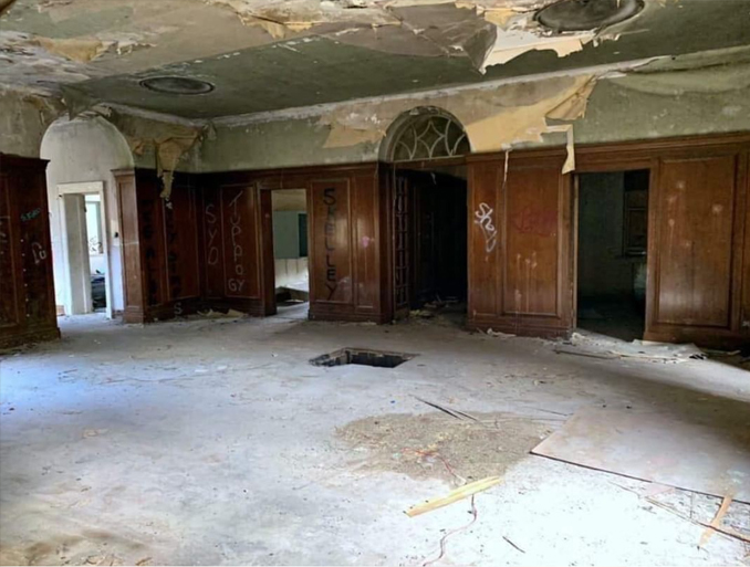 Abandoned RAF building Manby Hall