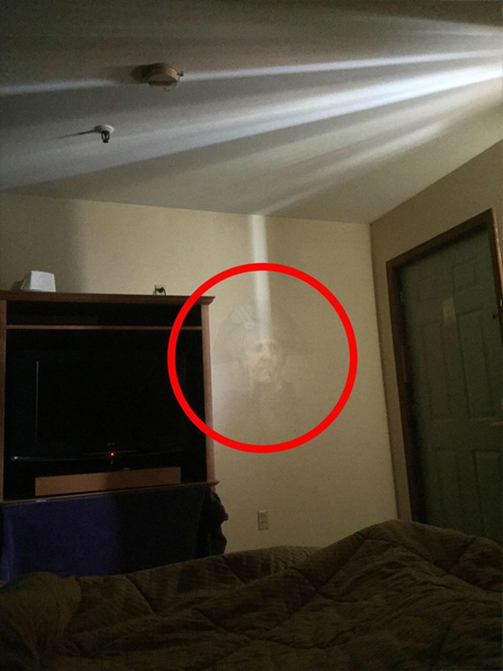 A ghostly photo of George Washington.