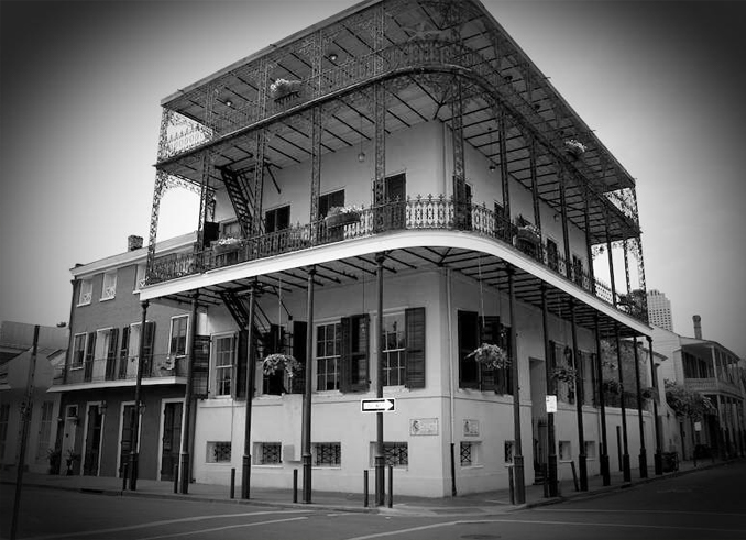 Black and White Photo of old New Orleans hotel.