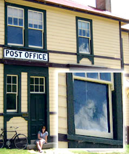 New Zealand Post office haunted by ghost of old lady.